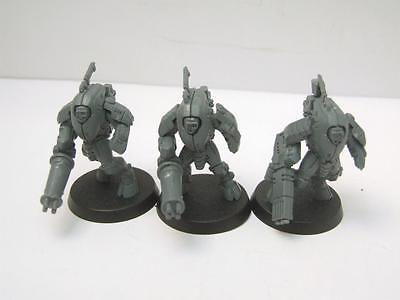 Warhammer-40k-Tau-Empire-XV25-Stealth-Suit-Team.jpg